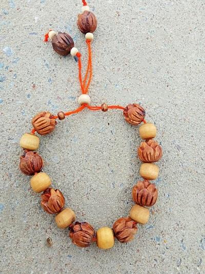 Lotus Beads Tulsi Bracelet